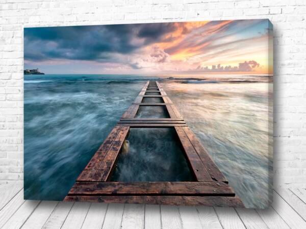Постер Дорога по морю