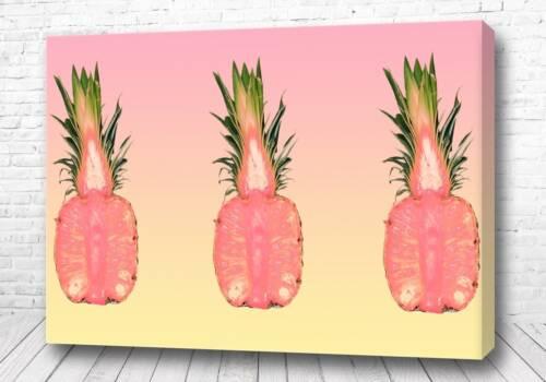 Яркие ананасы