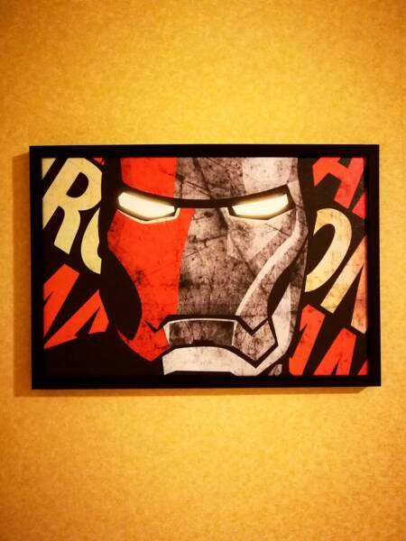 Постер IronMan в интерьере