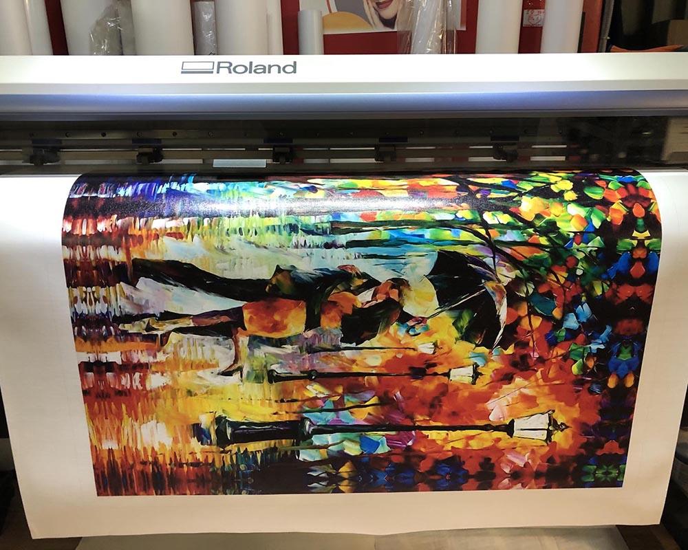 Процесс печати картины экологическими красками